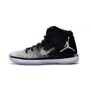 Chaussure de basketball Nike Air Jordan 31 J31 Femme Noir et Blanc