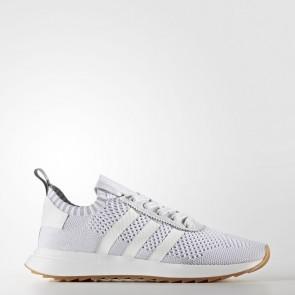 Femmes Adidas Originals Flashback Primeknit Chaussures de course Running Blanc, Gris clair BY9099