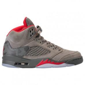 Hommes Air Jordan Retro 5 Chaussures de course 136027 051 Stuc noir, Université Rouge, River Rock