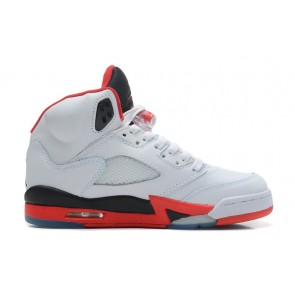 Femme Nike Air Jordan 5 Retro Blanc, Rouge feu, Noir Chaussures de course
