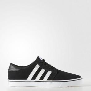 Hommes Adidas Originals Seeley Chaussures de course Core Noir, Ftwr Blanc, Core Noir AQ8532